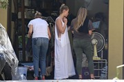 Amber Heard - Cleaning her garage in LA 7/30/2018 ad246c932676884