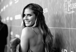 Heidi Klum - amfAR Los Angeles Gala October 18.2018 8950341007777104