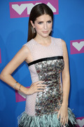 Анна Кендрик (Anna Kendrick) MTV Video Music Awards, 20.08.2018 - 90xHQ C3e0c8955982764