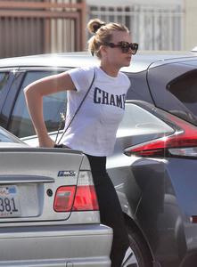 Margot Robbie - at a gym in LA - 11/03/18