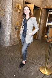 Anne Hathaway - Attending the SNL Finale in NYC 5/20/18