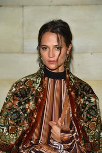 Alicia Vikander - Louis Vuitton Fashion Show in Paris 10/2/18