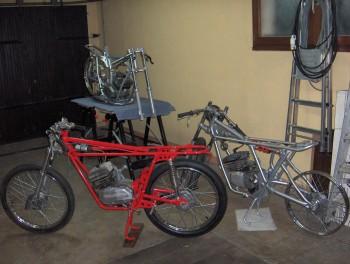 Restauration MONDIAL 125cc Champion Lusso. 54a81a685853993