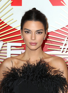 Kendall Jenner - Revolve's second annual #REVOLVEawards in Las Vegas 11/9/18