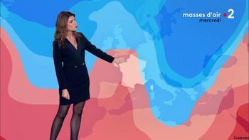 Chloé Nabédian - Novembre 2018 - Page 2 B5846a1044857594