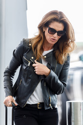 Cindy Crawford - At Heathrow Airport 4/23/18