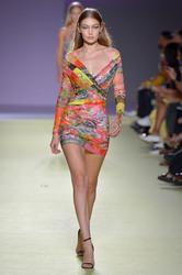 Gigi Hadid - Versace Fashion Show in Milan 9/21/18