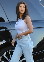 Kourtney Kardashian - Out for dinner in Malibu 9/18/18