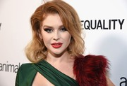Renee Olstead - Animal Equality Inspiring Global Action Gala 10/27/2018 X24 HQs