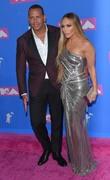 Дженнифер Лопез (Jennifer Lopez) MTV Video Music Awards, 20.08.2018 (95xHQ) 1e7ef0955996784