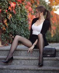 http://thumbs2.imagebam.com/70/d9/7a/e885de1275319624.jpg