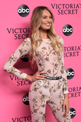 Romee Strijd - 2018 Victoria's Secret Viewing Party in NYC 12/2/18