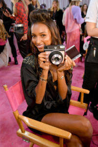 Jasmine Tookes - 2018 Victoria's Secret Fashion Show in NYC 11/8/2018 5e5af11026196894