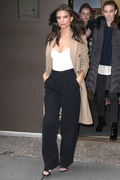 Emily Ratajkowski - At the Today Show in NYC 4/10/18