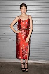 """Anna Kendrick - Univision's """"Despierta America"""" morning show in Miami 9/14/18"""