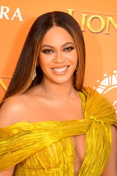 Beyonce - Attending Disney's 'The Lion King' European Premiere at Leicester Square in London 07/14/2019