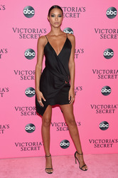Lais Ribeiro - 2018 Victoria's Secret Viewing Party in NYC 12/2/2018 6704501050725624