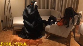 系列哥 操角色扮演蛇喰梦子 性感厚丝袜推倒在床上用力猛操[1.4GB