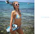 Paris Hilton : Sexy Wallpapers x 22