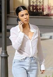 Kourtney Kardashian - Out in Calabasas 1/26/19