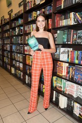 Bailee Madison - 'Losing Brave' Book Signing in LA 2/19/18