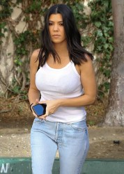 Kourtney Kardashian - Out in Sherman Oaks 2/7/18