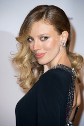 Bar Paly -                    ''Jean-Claude Van Johnson'' Premiere Paris December 12th 2017.