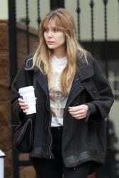 Elizabeth Olsen - Getting coffee in Studio City 1/18/19