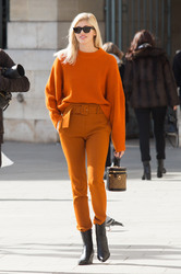Devon Windsor - Out in Paris 10/1/18