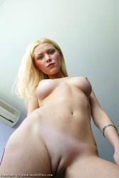 http://thumbs2.imagebam.com/79/25/d5/8f929d1084733974.jpg