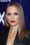 Natalie Portman - Premiere of Neon's 'Vox Lux' in Hollywood 12/5/2018 acad5f1054320804