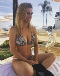 Iliza Shlesinger in a Bikini - 9/2/18 Instagram