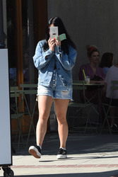 Ariel Winter - Out for lunch in Studio City 8/28/18
