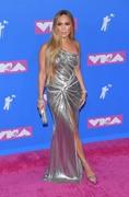 Дженнифер Лопез (Jennifer Lopez) MTV Video Music Awards, 20.08.2018 (95xHQ) 78bad8955996314