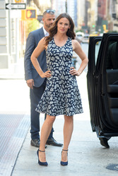 Jennifer Garner out in New York City 07/16/20180623e8921670134