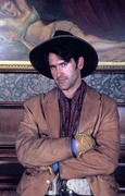 Приключения Бриско Каунти-младшего / The Adventures of Brisco County Jr (сериал 1993 – 1994) Aa5f00969734714