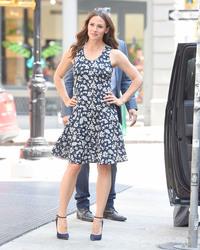 Jennifer Garner out in New York City 07/16/2018b06267921670234