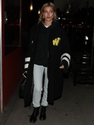 Hailey Baldwin - Out in NYC 1/26/18
