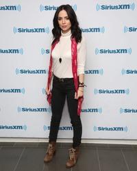 Eliza Dushku - SiriusXM Studios in New York City March 16, 2016 5025251007710814