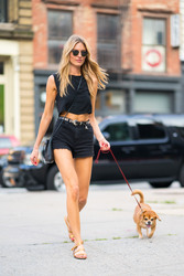 Martha Hunt - Out in NYC 8/6/2018 11692c939877804