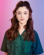 "Natalia Dyer @ Buzzfeed News' ""AM2DM"""