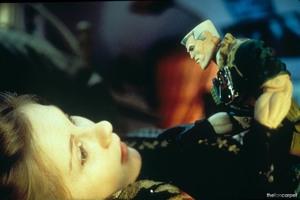 Солдатики / Small soldiers (1998) Кирстен Данст , Томми Ли Джонс (голос) 4ae3de937750254