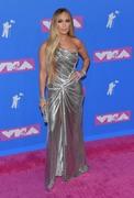 Дженнифер Лопез (Jennifer Lopez) MTV Video Music Awards, 20.08.2018 (95xHQ) 1474b7955997154