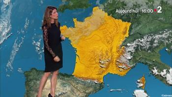 Chloé Nabédian - Août 2018 3b75f3952485134