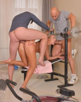 Victoria Pure - Home Gym Double Penetration (2018) FHD 1080p |