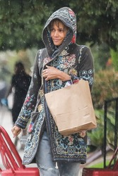 Halle Berry - Grocery Shopping in LA 2/13/19