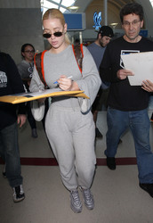 Iggy Azalea - At LAX Airport 2/18/18