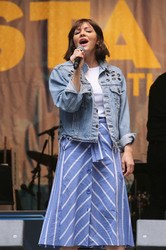 Katharine McPhee - United Airlines Presents: #StarsInTheAlley Produced By The Broadway League in NYC 6/1/18