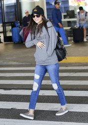 Victoria Justice - At LAX Airport 4/30/18