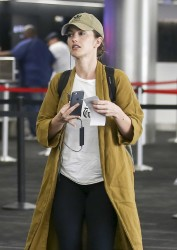 Minka Kelly - At LAX Airport 10/29/17